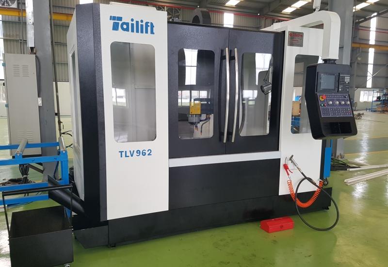 Máy phay CNC Tailift